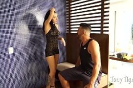 Atriz porno coroa brasileira dando a bunda carnuda
